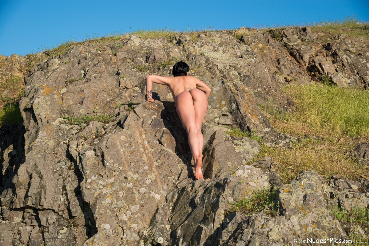 Hot Nudist Girl Climbing Mountain