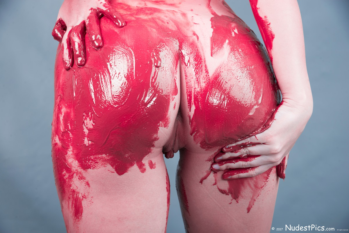 Red Painted Nude Butt Showing Pussy
